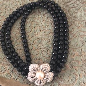 BR necklace with rhinestone clasp